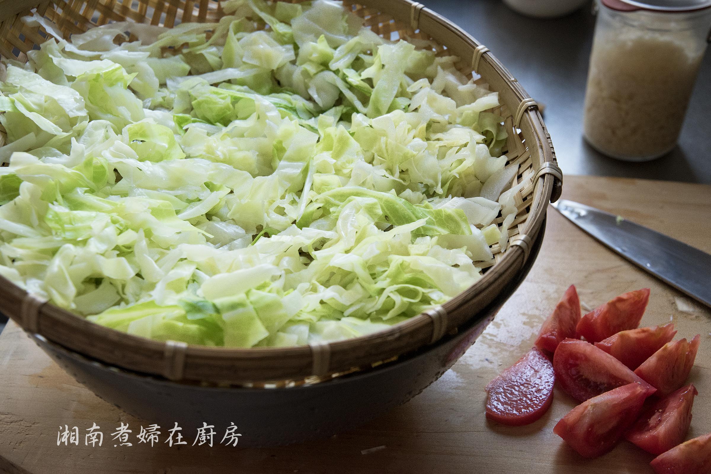 cabbageSalad_DSC_7014